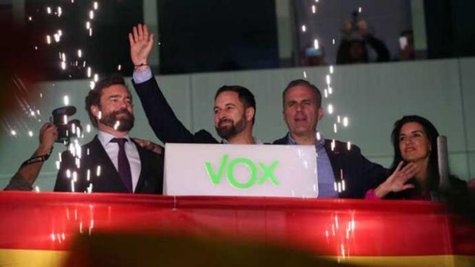 El trasvase de votos a Vox: la volatilidad de un electorado desatendido por el PP y al que condiciona Catalunya