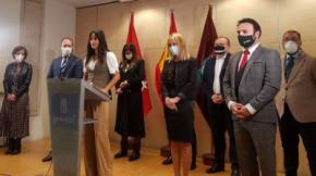 La vicealcaldesa Begoña Villacís con los diez concejales de Ciudadanos.