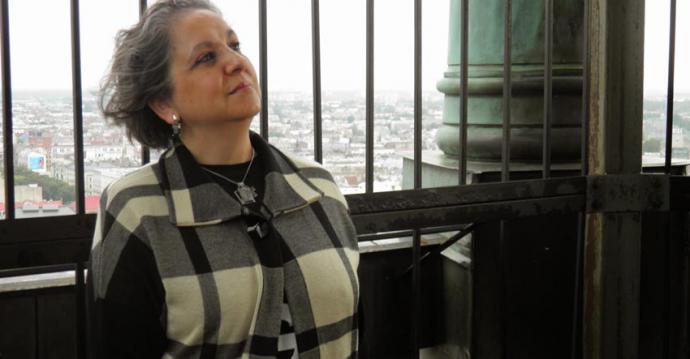 "Tecla Portela, galaico-portuguesa, ""brasileña"", traductora legal jurada y poeta de pro"