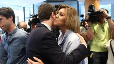 Cospedal y Casado, al comienzo de la campaña de las primarias.