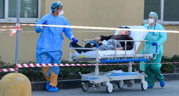 EE.UU. alcanza los 100 muertos a causa del coronavirus y los contagiados ya son 5.359