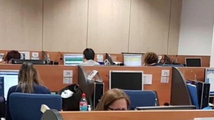 Los trabajadores piden a la autoridad laboral paralizar los 'call center' de Konecta en Madrid con 5.000 empleados