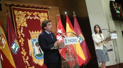 El alcalde de Madrid y la delegada del Gobierno en su primera rueda de prensa conjunta.Ayuntamiento de Madrid