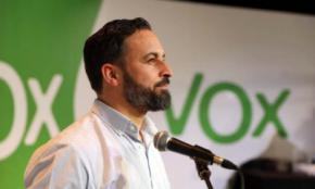 Vox, sobre el PP: 'Casado quiere mostrar que nos adopta para meternos en la casa madre, pero se equivoca'