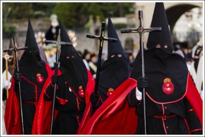 """"""" El secretario general del PP, Teodoro García Egea: """"Prefiero celebrar el viernes de Dolores, como dios manda"""