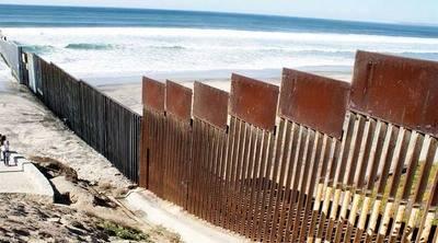 Temen que muro fronterizo deje a estadounidenses en lado mexicano