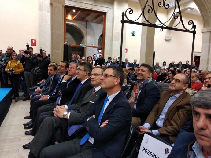 Asistentes al acto de  proclamación de Almería como Capital Española de la Gastronomía. (Foto: A. del Saja)