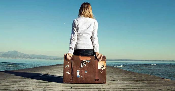 Emigrants returning to Ireland often feel unwelcome