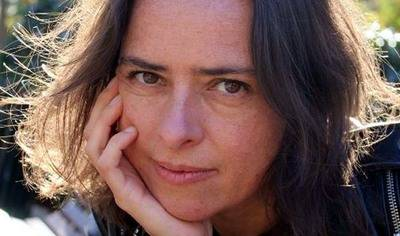 "Yanet Acosta, autora del libro ""Matar al padre"""