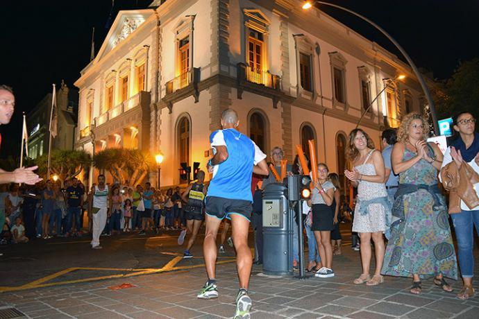 La carrera de Plenilunio: 5 kilómetros de deporte y diversión por Santa Cruz de Tenerife y para toda la familia