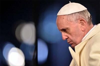Papa implora 'conversión de hombres violentos' tras atentado en Somalia