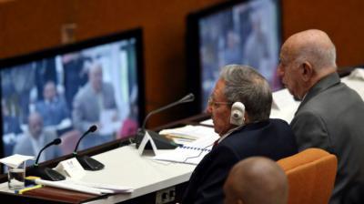 Renovación y continuismo: Los complejos equilibrios del relevo en Cuba