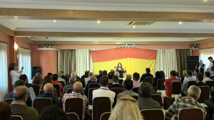 na Vega participa en un acto de Vox en Alicante @VOX_ALICANTE
