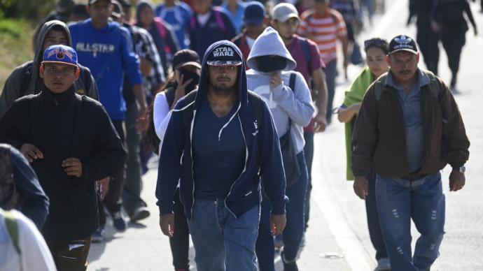 Migrantes que iban a EEUU varados en la selva panameña