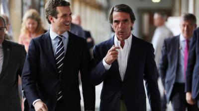 Casado y Aznar en los cursos de verano de la FAES en El Escorial en 2019.