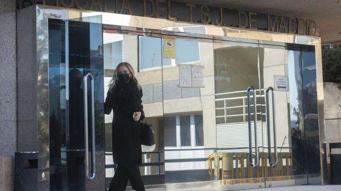 Cristina Cifuentes, a la salida de los juzgados tras la primera jornada del juicio.Fernando Sánchez