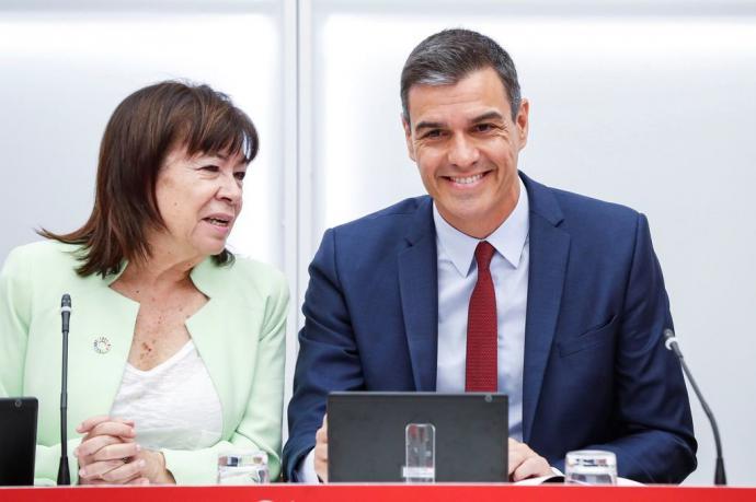Cristina Narbona y Pedro Sánchez, durante la Ejecutiva de los socialistas.