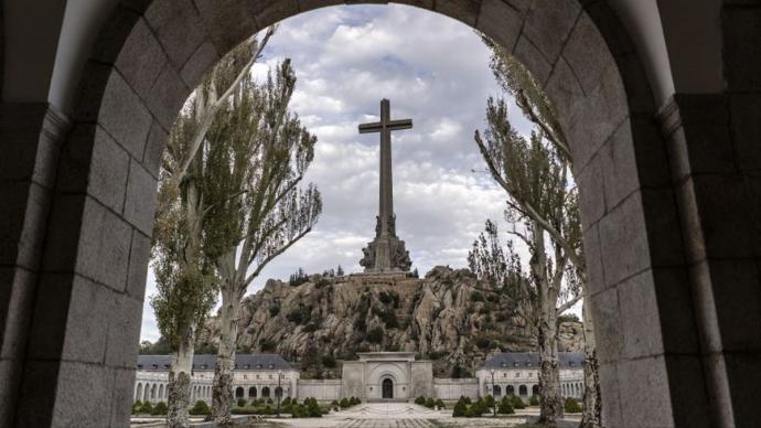 La congregación benedictina perderá el control del Valle de los Caídos con la nueva Ley de MemoriaOLMO CALVO