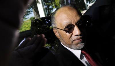 Bin Hammam apoyó la primera candidatura de Sepp Blatter a la presidencia de la FIFA.