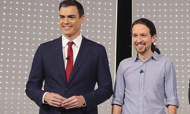 Sánchez e Iglesias constatan sus diferencias sobre la composición del 'Gobierno de cooperación'