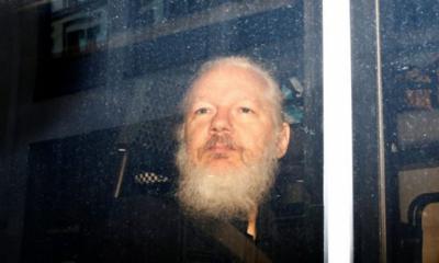Juez británico encarcela a Assange indefinidamente, a pesar del fin de la sentencia de prisión