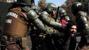 Chile: Más de 100 mil estudiantes marchan por el fin del lucro