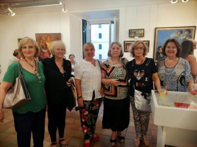 """Antonia Nieto. Inauguración de su exposición """"Expresiones. Retrospectiva 1979 -2019"""" en la Casa de Cultura de San Lorenzo de El Escorial"""