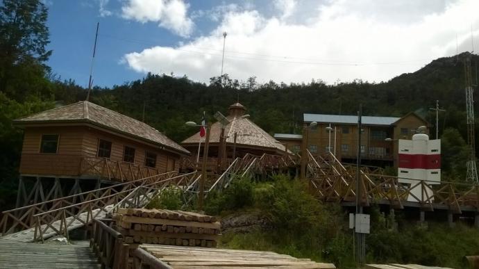 Conectividad marítima desde Magallanes potenció el comercio con Caleta Tortel