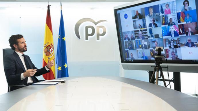 Casado lleva su guerra contra Sánchez a Europa en el momento clave de la negociación del fondo contra la crisis