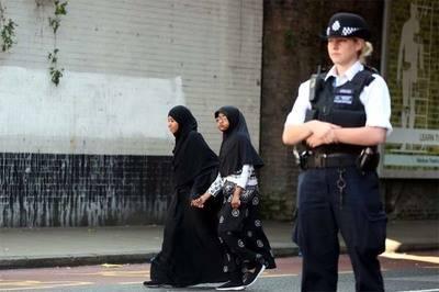 La población musulmana se ha duplicado en el Reino Unido desde el último censo...