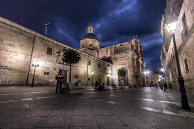 ¿Por qué ir a Salamanca en tren desde Madrid?