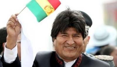 Evo Morales no quiere que colegios de Bolivia lleven nombres extranjeros
