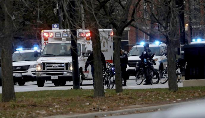 Tiroteo en el Mercy Hospital de Chicago deja 4 muertos, incluido un policía
