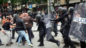 Fotos como esta hicieron mucho daño a la imagen de España...
