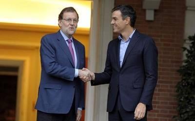 Mariano Rajoy y Pedro Sánchez en un encuentro en la Moncloa. BORJA PUIG (PSOE)