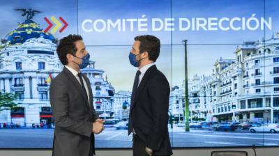 odoro García Egea y Pablo Casado, el martes, en la sede nacional del PP, en Madrid.PP