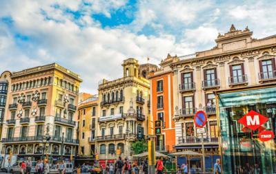 ¿Por qué visitar Barcelona este verano?