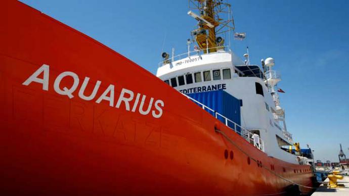 Franceses comienzan a entrevistar a inmigrantes del Aquarius en España