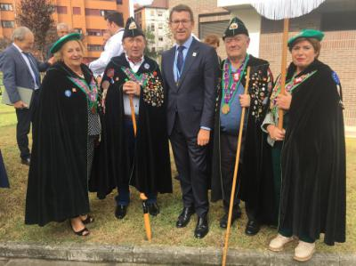 El presidente de la Xunta, nuevo cofrade de honor del Desarme