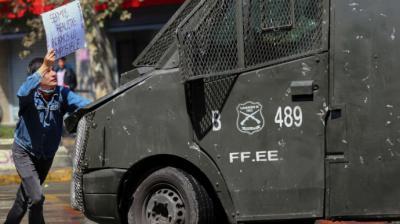 Chile vive mortífero domingo que deja 11 muertos y el país sumido en caos