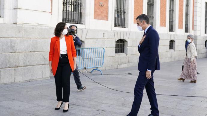 La presidenta de la Comunidad de Madrid, Isabel Díaz Ayuso, y el presidente del Gobierno, Pedro Sánchez.Comunidad de Madrid.