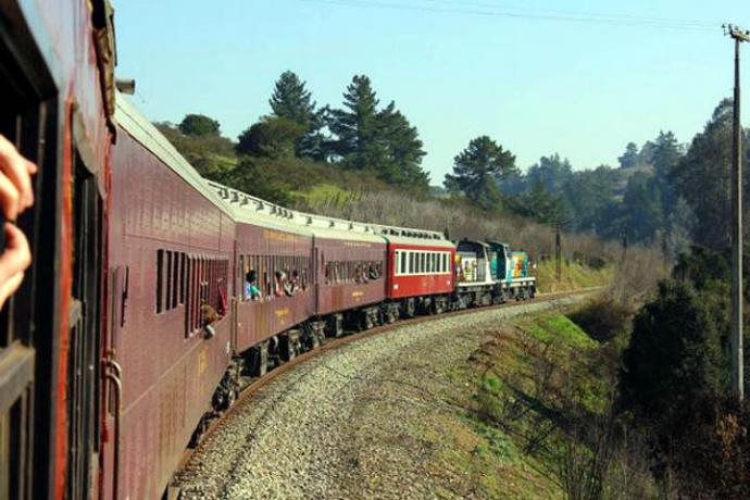 'Tren del Recuerdo' : La nostalgia entibia el alma