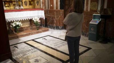 Queipo de Llano será exhumado después de Semana Santa y trasladado a la sacristía de La Macarena