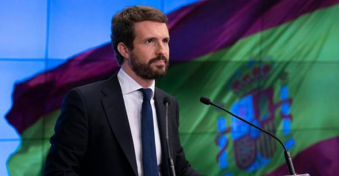 Pablo Casado sugiere ilegalizar a Podemos