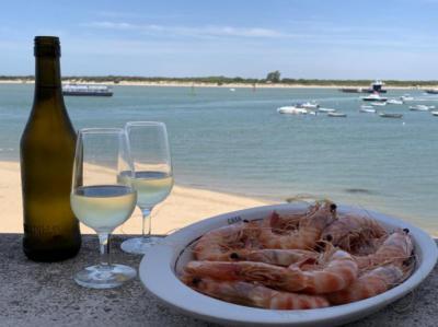 La Junta de Andalucía da su apoyo a Sanlúcar para la Capitalidad Española de la Gastronomía
