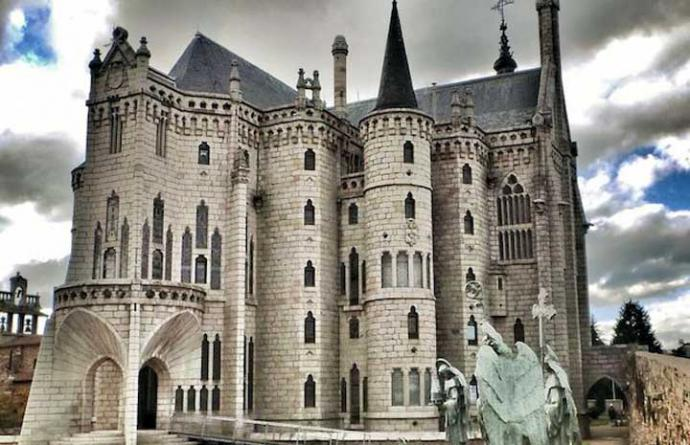 Palacio Espiscopal de Astorga