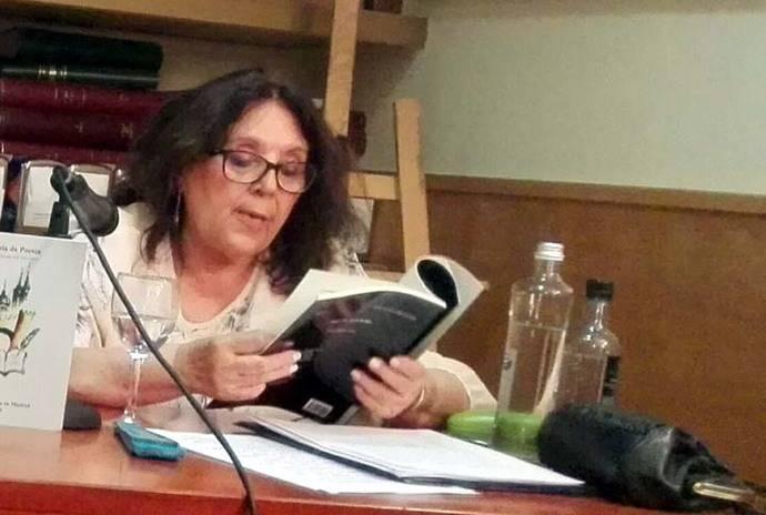 """María del Valle Rubio, Recital poético en la tertulia """"A Orillas de Ávila"""""""