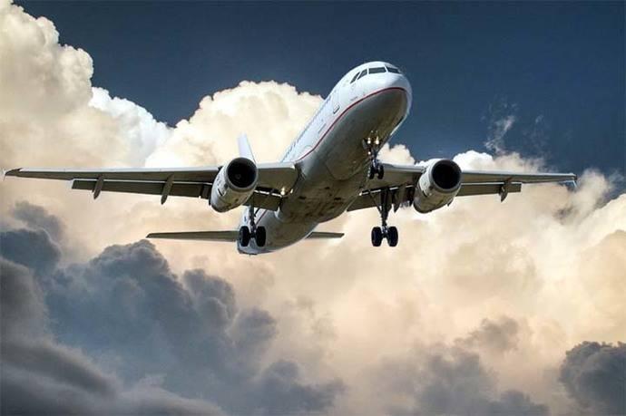 China realiza primer vuelo a EE.UU. utilizando aceite de cocina reciclado