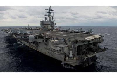 Vista del portaaviones estadounidense USS Ronald Reagan