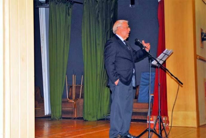 El Grupo de Mujeres del Centro de Día y Kanguroteca Luis Amigó, presentó una Antología Navideña